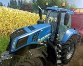Гусеничный трактор тянет поезд 2020