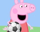 Свинка Пеппа играет в футбол