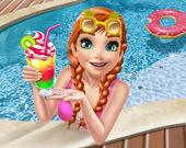 Ледяная принцесса в бассейне
